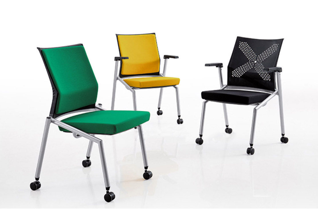 Modern foldable chairs